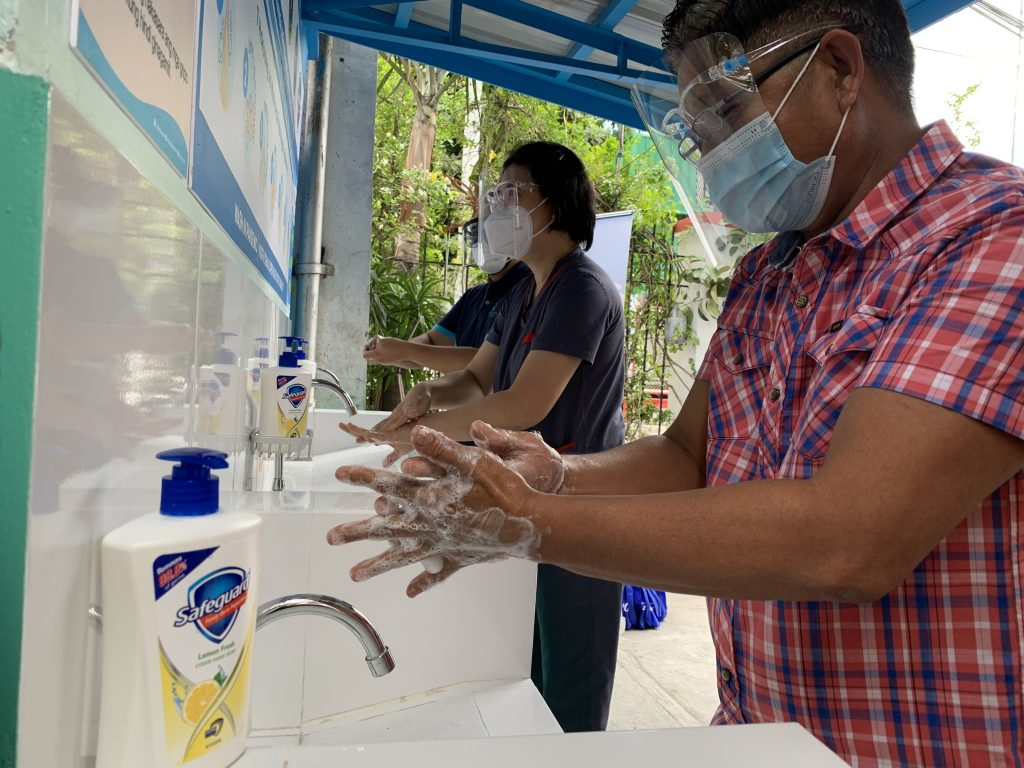 Hand Hygiene Campaign Get Strengthened with P&G Safeguard's ₱100 Million Worth of Donation